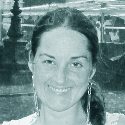 María Inés Schmidt E.